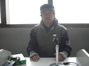 放送室でお茶目.JPG