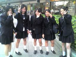 09-04-07_nakama4.JPG