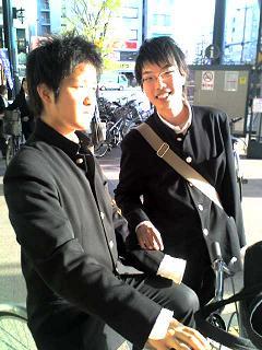 23-04-07_gawa.JPG