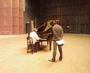 Matsumotosan plays Piano3.JPG