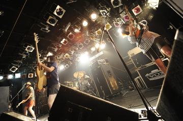 tricot_02.jpg